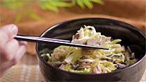 サバ+ピリ辛サラダ